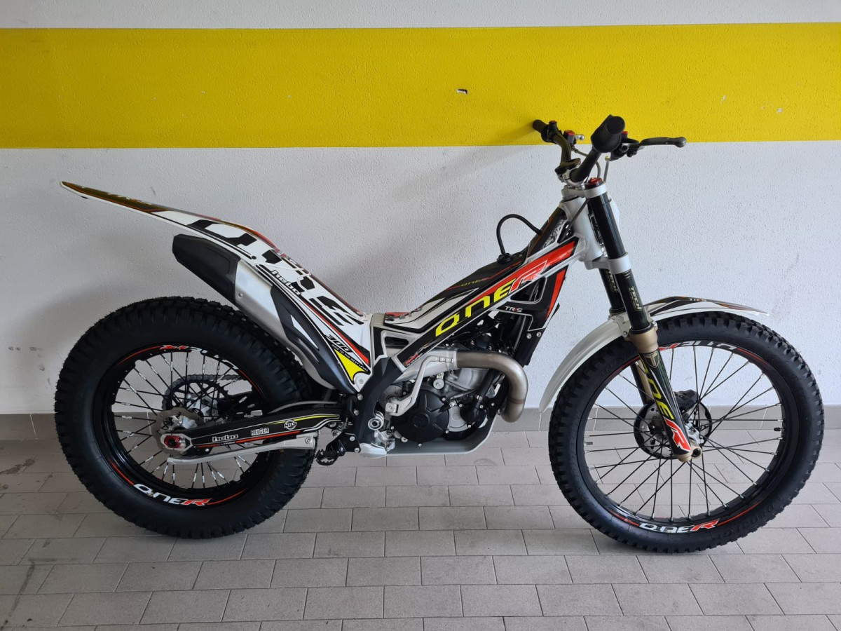 TRS ONE 300 R 2021